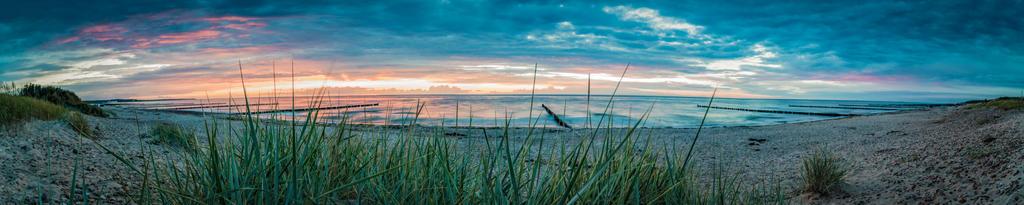 Boergerende Beach by abuethe
