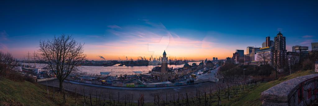 Hamburg harbor by abuethe