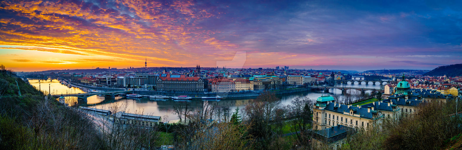 Prague sunset by abuethe