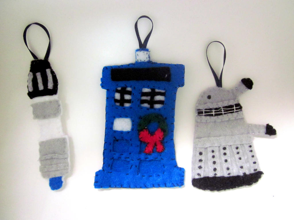 Doctor Who Themed Christmas Ornaments by kayzebra