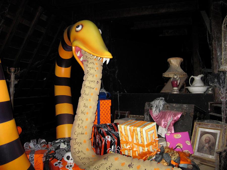 Nightmare Before Christmas Ride in Disneyland by FullMetalEpicness ...