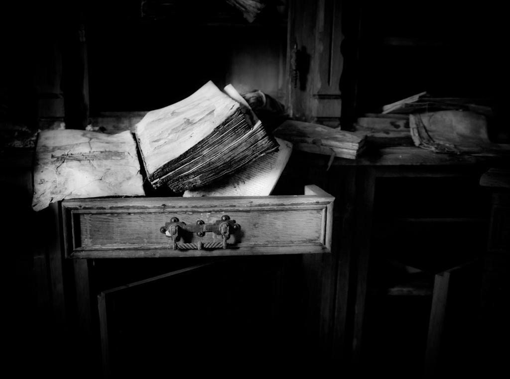 Bookworm. by RAGEkay