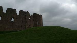 Ruined castle by mirandaskye