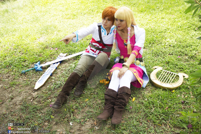 Skyward Zelda and Link by oOPrinzessinZeldaOo