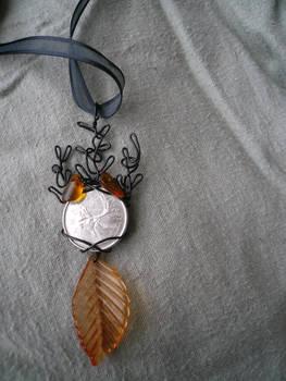 Avad am Emyn -- Mirkwood Elk Pendant