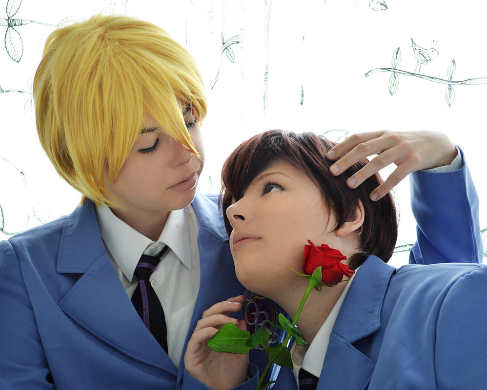 Tamaki and Haruhi - A Host by Millahwood
