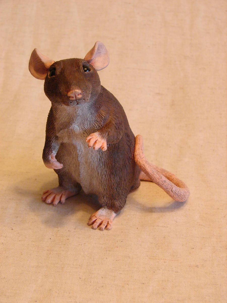 Rat sculpture agouti by philosophyfox