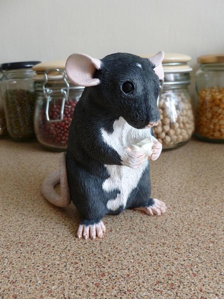 Black Berkshire Rat Sculpture Eating by philosophyfox