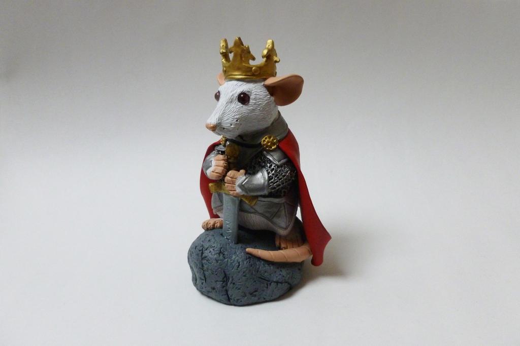 King Arthur Rat Sculpture by philosophyfox