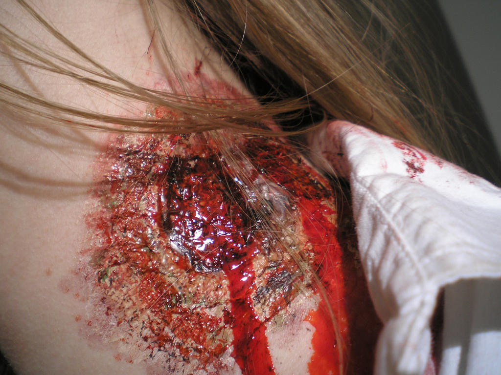 chew off my neck aka zombie bite makeup by theblue