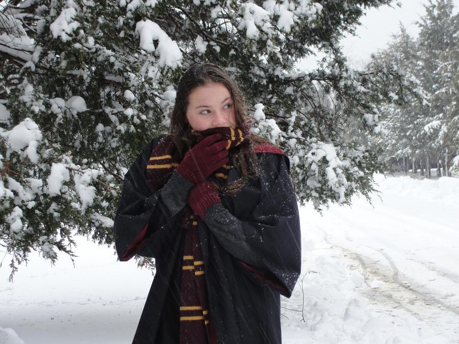 Hermoine In Winter by SweetnessnaRose