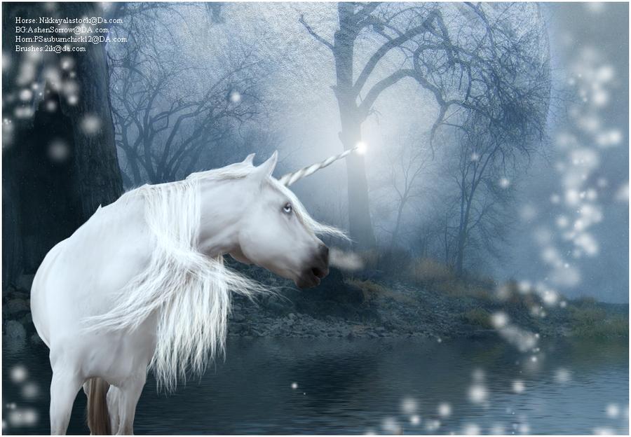 Unicorn Desk Top by ArtemisReign