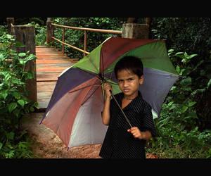kid crossing bridge by yalanand