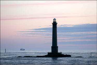 Lighthouse by maono