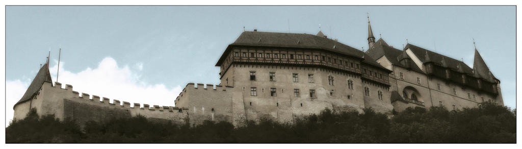 Karlstejn Castle by KRi5S