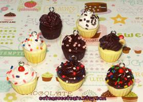 Batch O Cupcakes by pinknikki