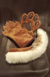 Chocolate handpaws + tail - FOR SALE