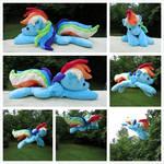 (FLYING!) Rainbow Dash Beanie