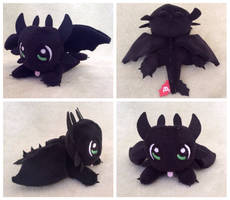 Toothless Mini Plushie by equinepalette