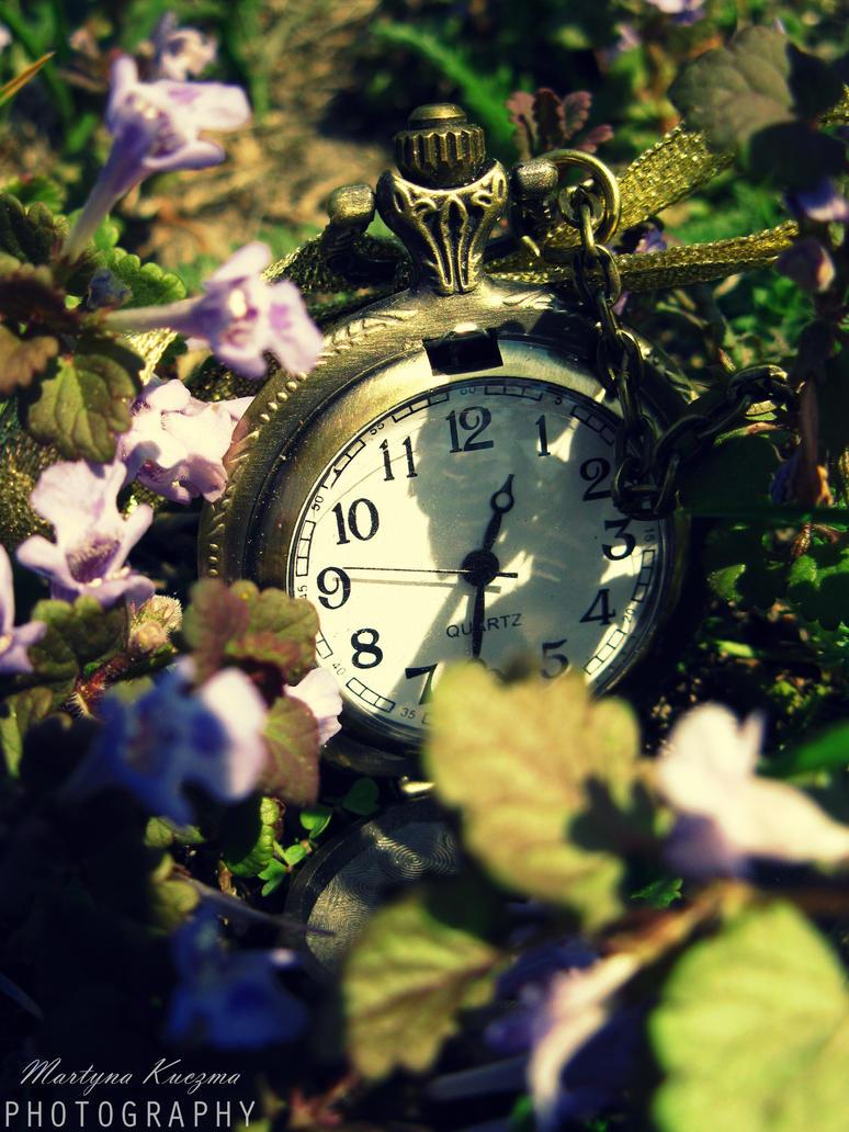 Clock. by shimahi