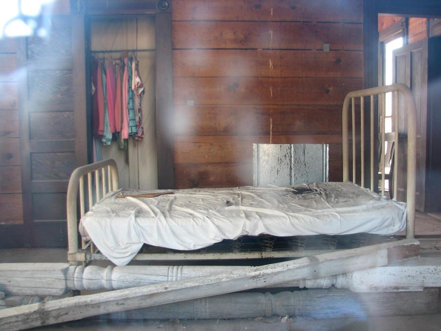 Empty Bed Tumblr