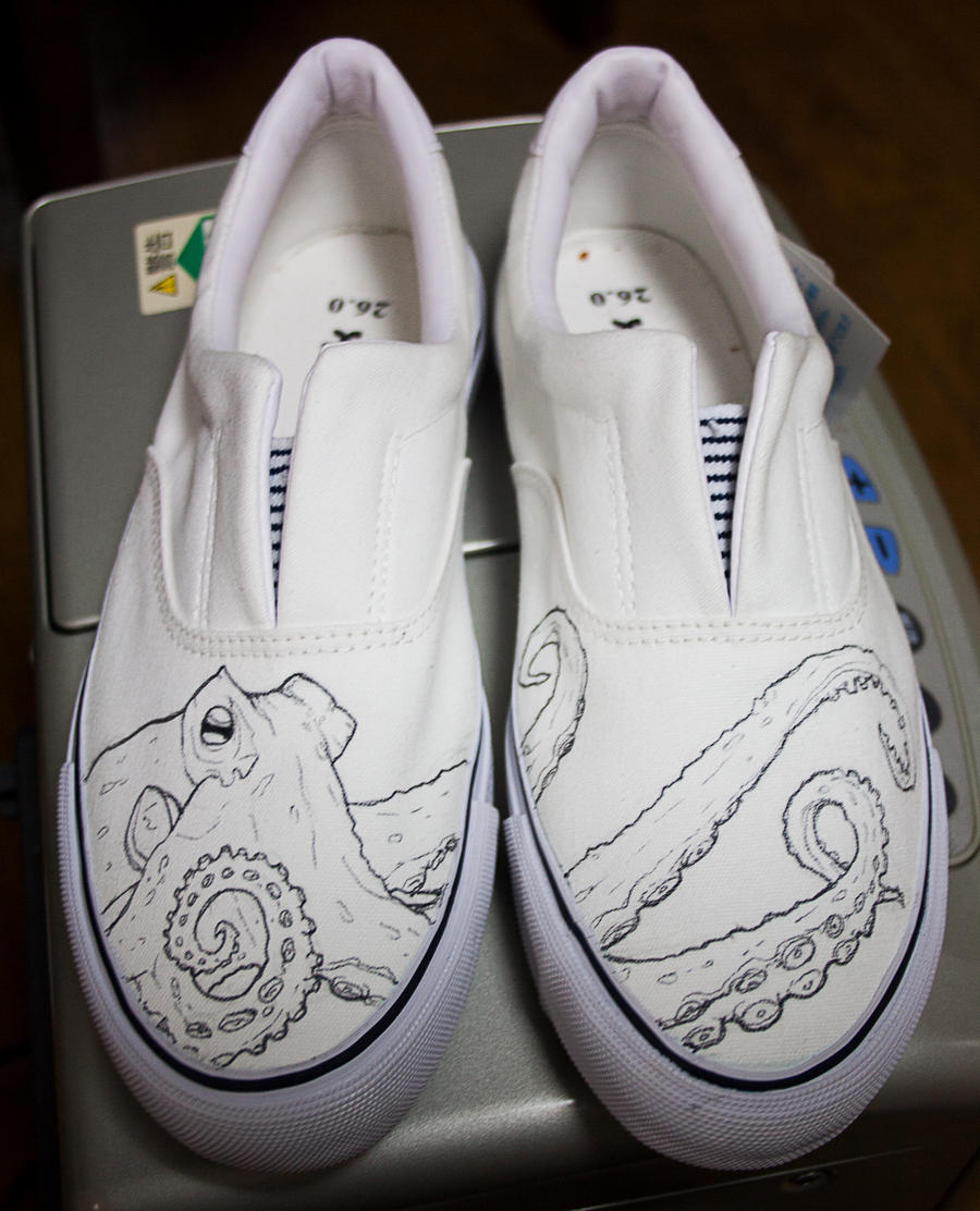 Octopus shoes by methodmonkey