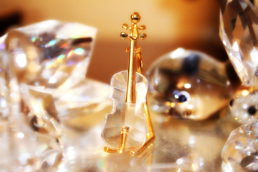 Glass Cello by Aurrum