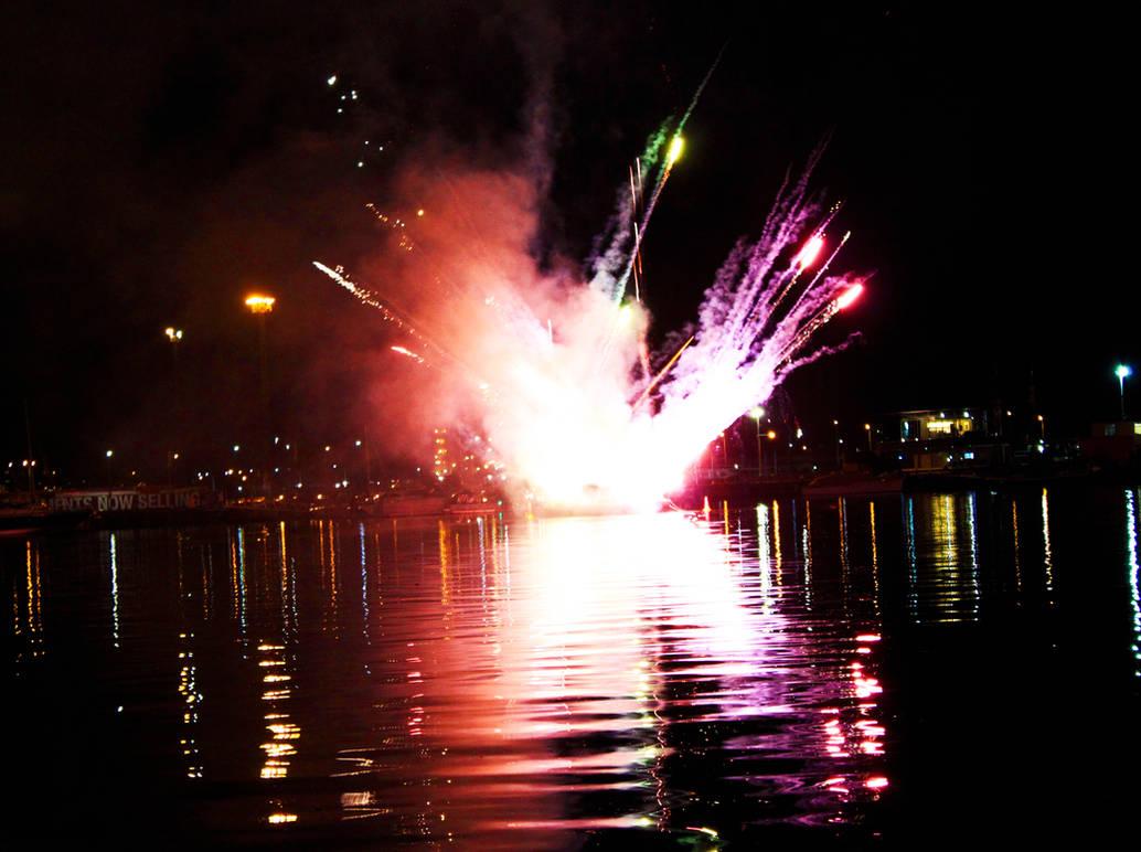 Docklands Fireworks I by Aurrum