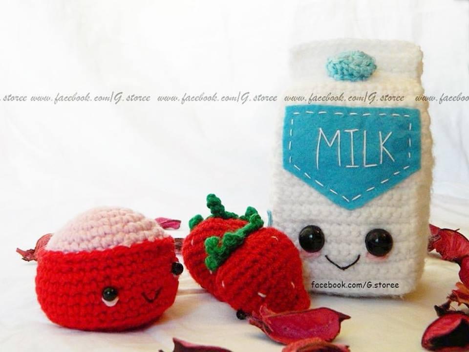 Ravelry: strawberry amigurumi pattern by Gateando Crochet | 720x960