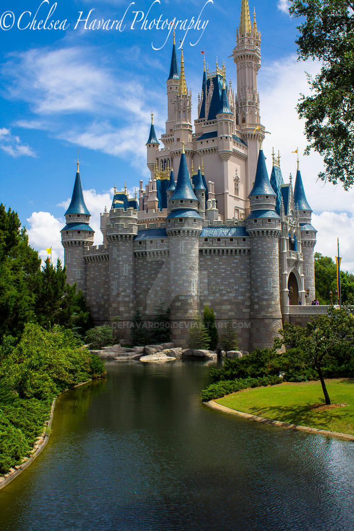 Cinderella's Castle by cehavard90