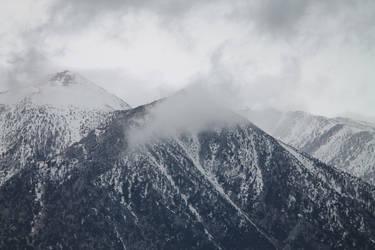 Sierra Nevada Mountains by frozenintime9