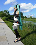 Hatsune Miku Append Version by mycutebow by reenimochi