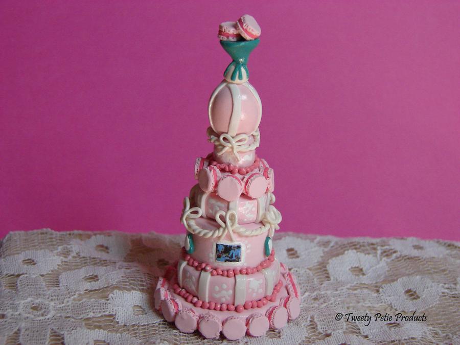 Alice in the Wonderland by birdielover