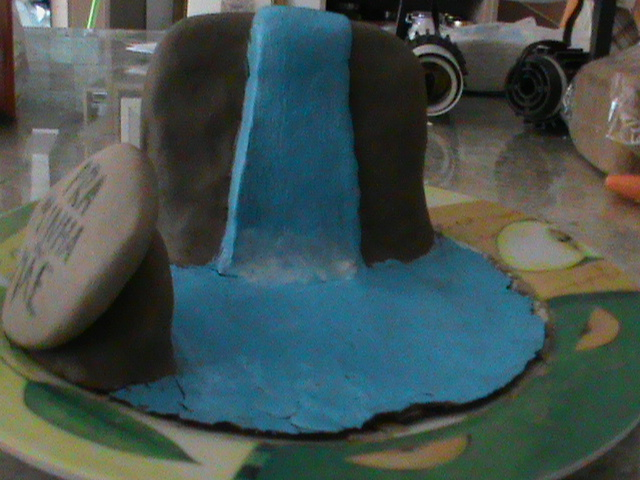 how to make a model waterfall for school project
