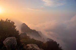 Sunrise in Mount Tai by Luluu10