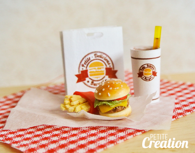 Burger and Fries by PetiteCreation
