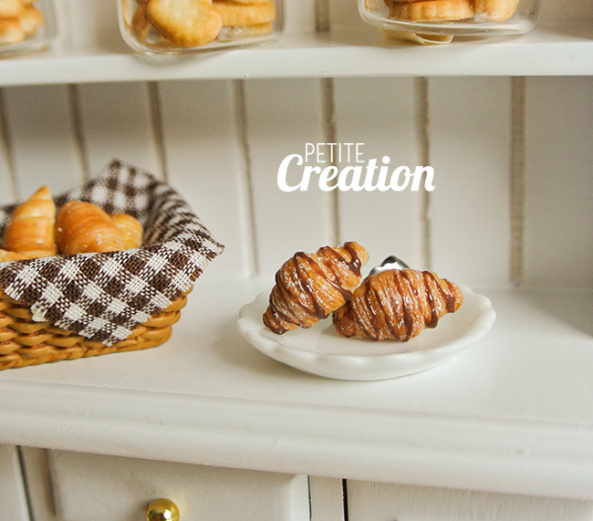 Chocolate Croissant by PetiteCreation