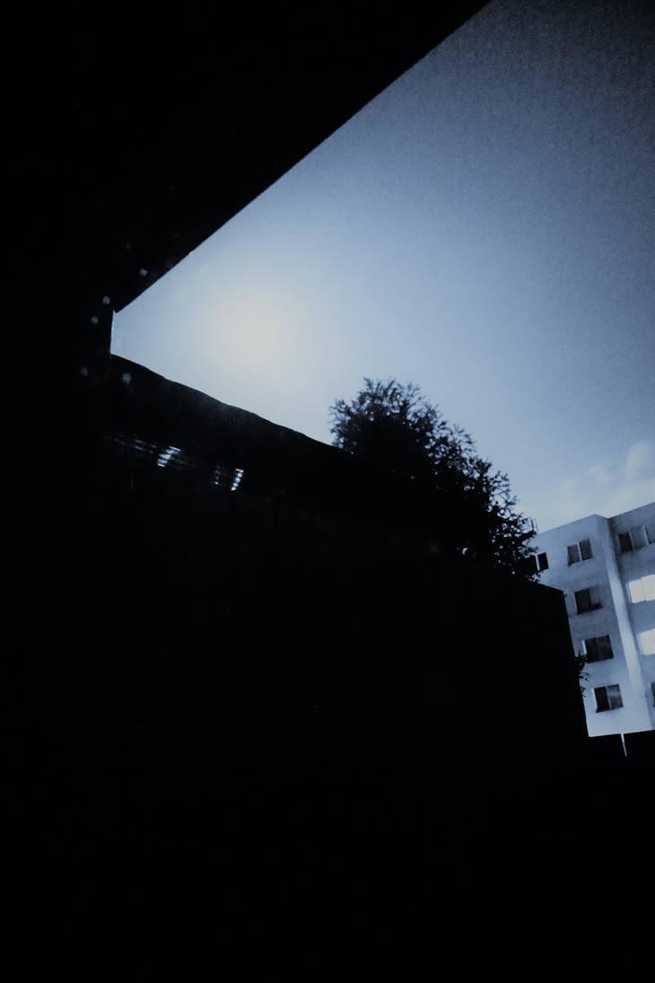 Night3 by RogerSandega