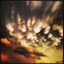 More mammatus clouds