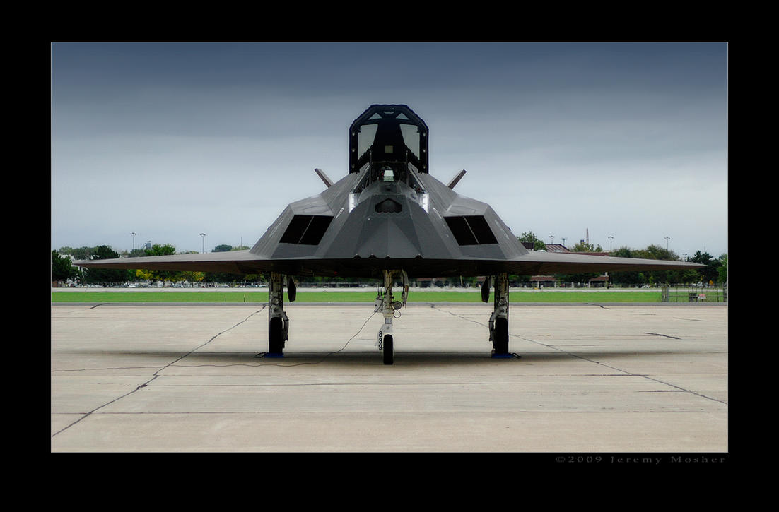 F117 Nighthawk by jdmimages