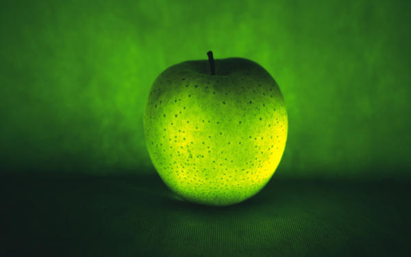 wallpaper Apple by clavette33