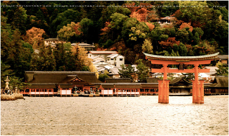 Itsukushima shrine by jyoujo