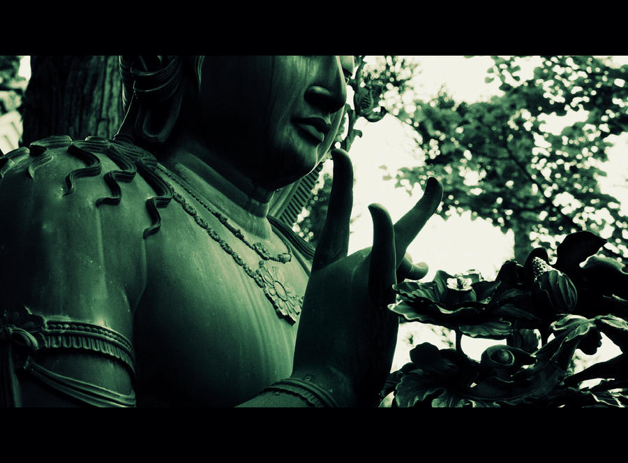 Bodhisattva statue by jyoujo