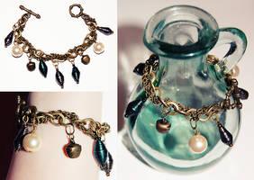 Entwash charm bracelet by Crimefish