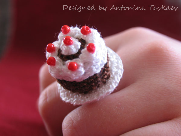 Black forest cake ring by lovebiser