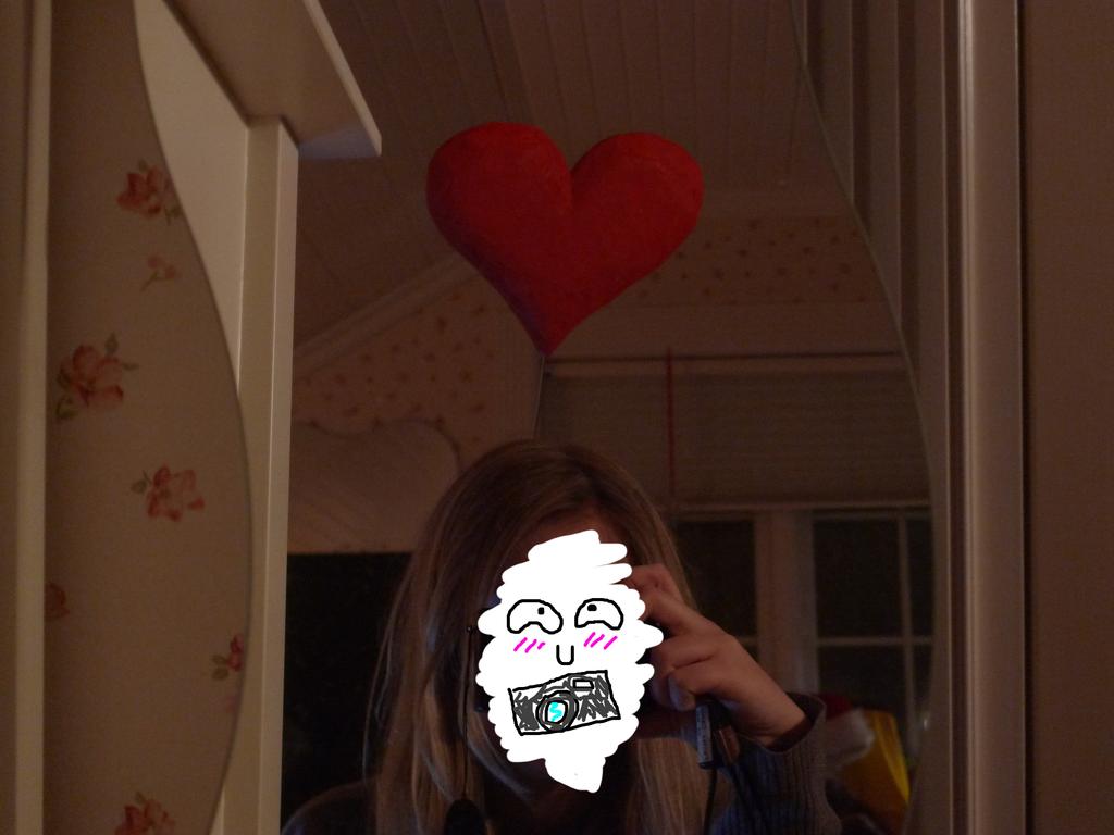[Heart] Hat by CupNoodlesFreak