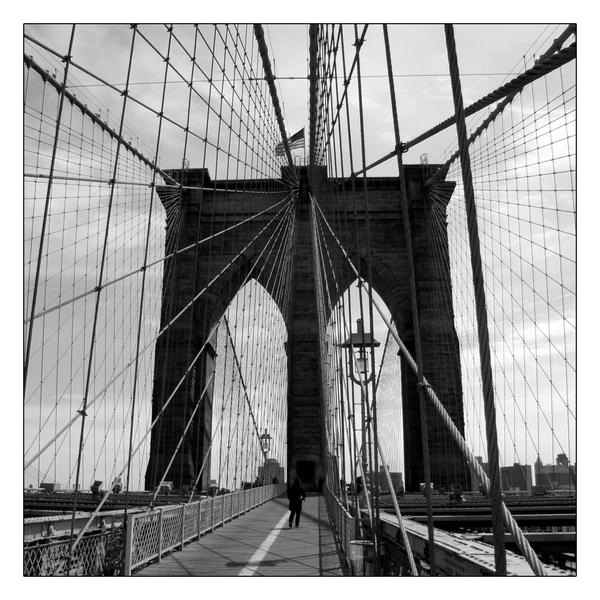 Brooklyn Bridge by Arnau