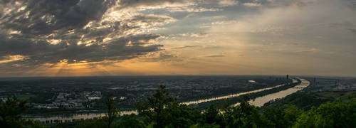 Vienna Sunrise Panorama by Toghar