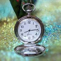 Glitter clock by FrancescaDelfino