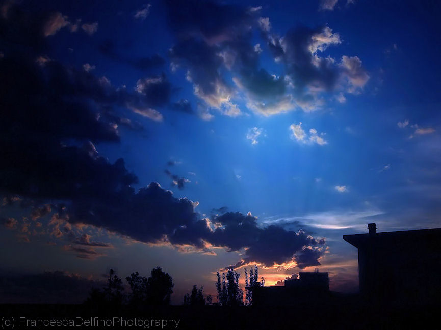 Blue sunrise by FrancescaDelfino